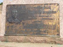 De dam is vernoemd naar President Jefferson Mansfield