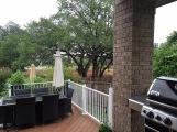 Terras met meubeltjes... maar zonder struiken :-(